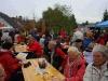 Messdiener von Alsweiler bieten heiße und kalte Getraenke